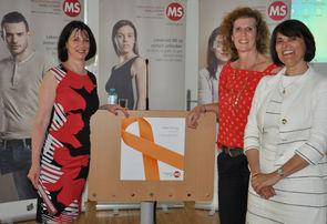 Karin Krainz-Kabas (Geschäftsführerin MS-Gesellschaft Wien), DGKS Ramona Rosenthal (Leiterin des MS-Tageszentrums der Caritas Socialis) und Dr. Martina Esberger-Chowdhury