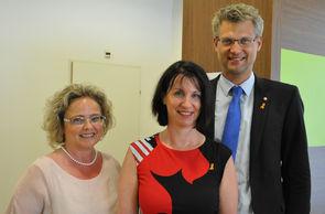 Mag. Claudia Bandion-Ortner, ASBÖ Wien-Geschäftsführer Mag. Oliver Löhlein, Karin Krainz-Kabas