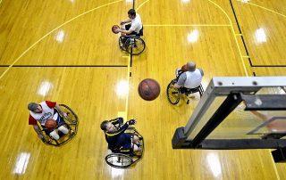 Symbolbild Behindertensport: Rollstuhl-Basketball in einer Turnhalle, Credit: Pixabay
