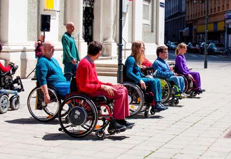 Rollstuhltanz im Park, Credit: Sascha Osaka