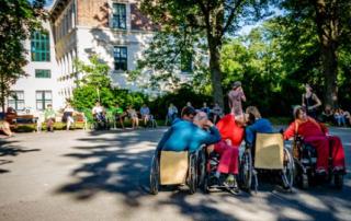 Rollstuhltanz im Park, Credit: Andrea Peller
