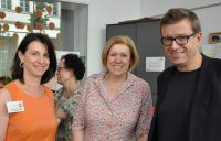 Welt-MS-Tag 2018 und 15 Jahre MS-Beratungszentrum: Karin Krainz-Kabas, Bezirksvorsteherin Dr. Ilse Pfeffer, OA Dr. Helmut Rauschka. Foto: MS-Gesellschaft Wien