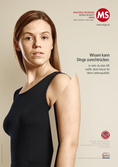 Plakatkampagne der MS-Gesellschaft Wien: Wissen kann Dinge zurechtrücken. Je mehr du über MS weißt, desto besser für deine Lebensqualität.