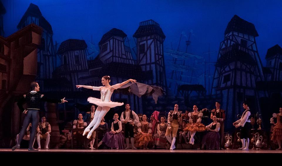 Ballettvorstellung, Credit: skeeze, Pixabay