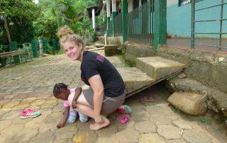 Kerstin Lintner hat Diabetes Typ 1 und engagiert sich als Freiwillige in einem Projekt von Grenzenlos in Kolumbien.