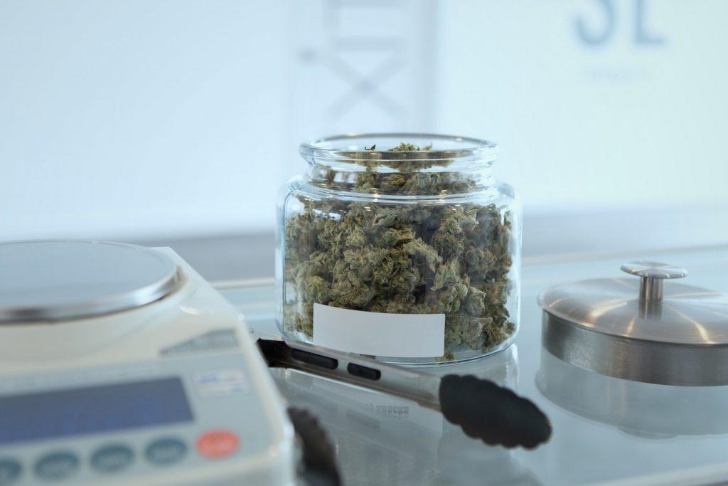 Cannabisblüten, Credit: Get Buddin, Unsplash