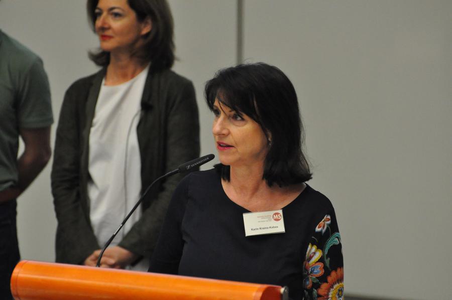 Karin Krainz-Kabas hält die Eröffnungsrede beim Frühjahrssymposium der MS-Gesellschaft Wien: Yoga, Meditation und Multiple Sklerose. Samstag, 6. April 2019 von 15:00 bis 17:30 Uhr, AKH Wien