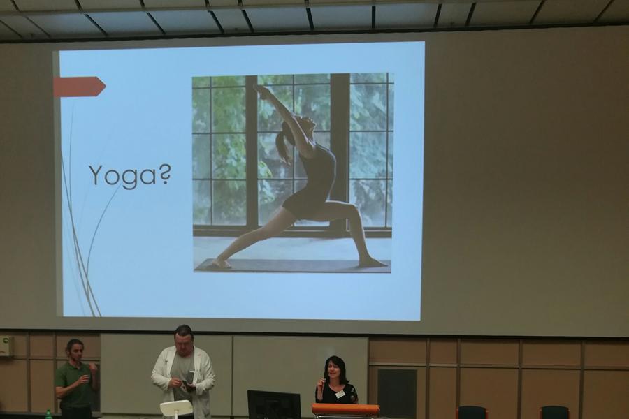 Frühjahrssymposium der MS-Gesellschaft Wien: Yoga, Meditation und Multiple Sklerose. Samstag, 6. April 2019 von 15:00 bis 17:30 Uhr, AKH Wien