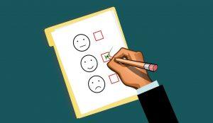 Illustration eines Fragebogens auf grünem Hintergrund, Credit: mohamed_hassan, Pixabay