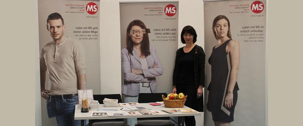 Gesundheitsmesse KroneFIT 2020: Geschäftsführerin Karin Krainz am Messestand