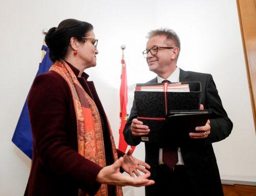 Amtsübergabe an neuen Sozialminister