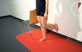 Gleichgewichts-Übung: Einbeinstand, Credit: Special Olympics Österreich