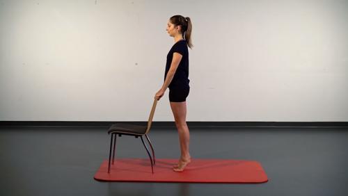 Gleichgewichts-Übung: Zehenstand